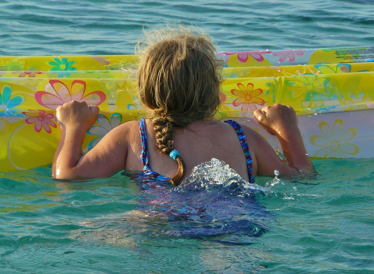 manchas-verdes-piscina