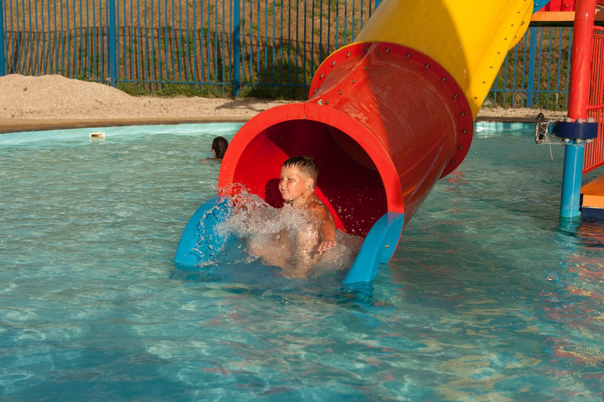 Motivos de la otitis y como evitarla inverman pool for Mantenimiento de piscinas madrid